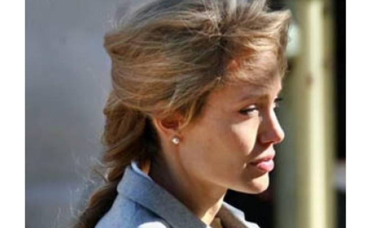 Анджелина Джоли довела себя до ручки