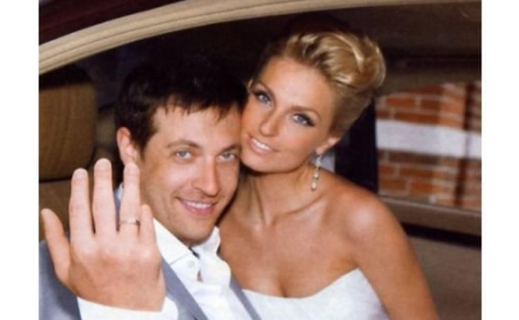 Сашу Савельеву лишили годовщины свадьбы