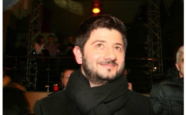 Галустян повесил долг на директора Ротару