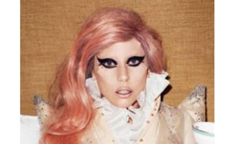 Леди Гага стала королевой