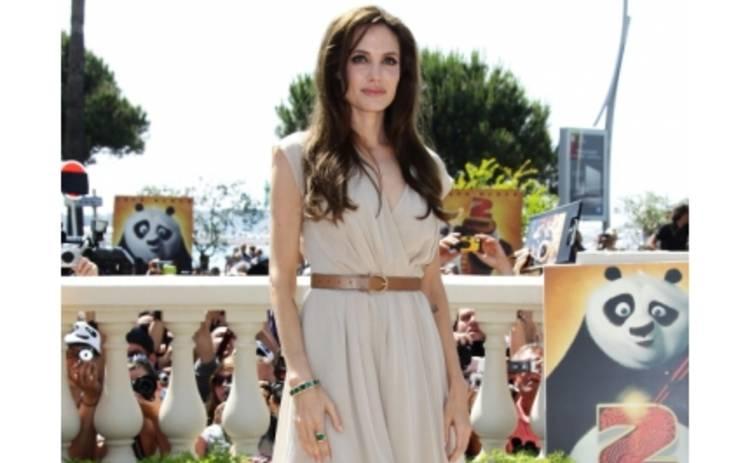 Анджелина Джоли не хочет ни детей, ни свадьбы