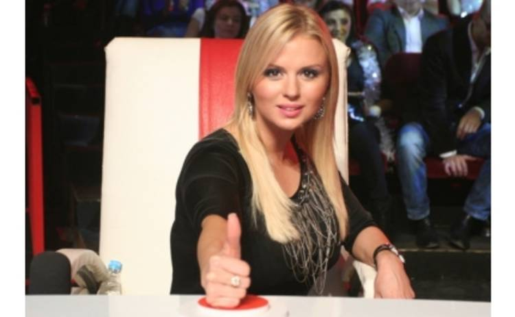Анна Семенович ищет танцоров