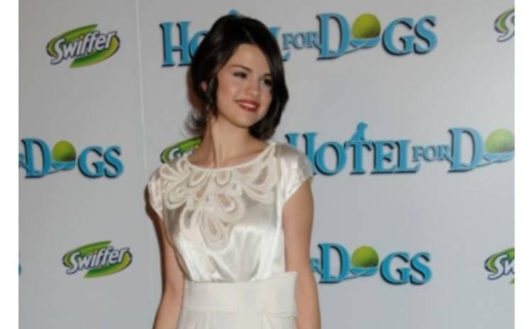 Селена Гомез станет ведущей MTV EMA 2011