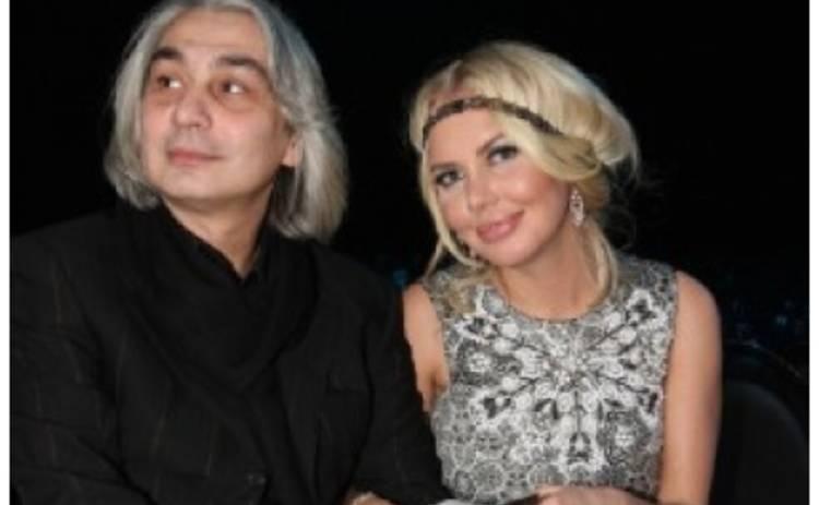 Маша Малиновская встречается с мужчиной в возрасте?