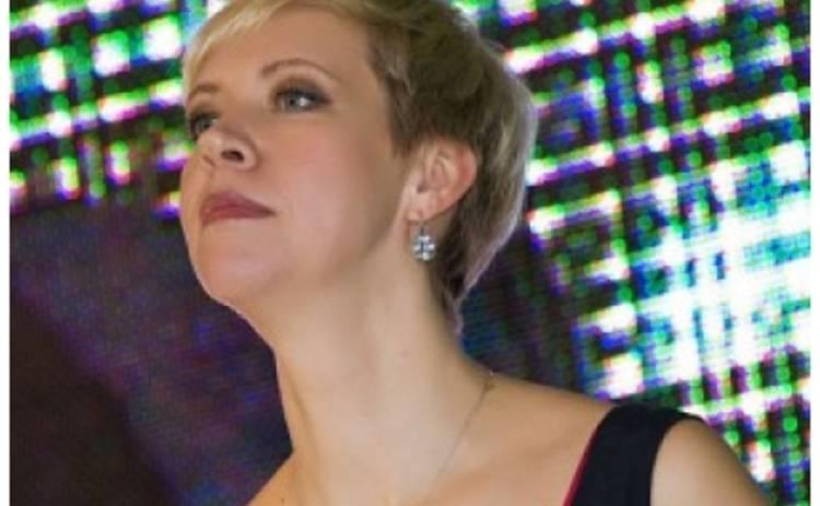 Татьяна Лазарева показала папарацци свою младшенькую