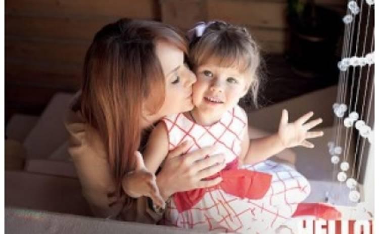 Певица Максим показала свою дочь