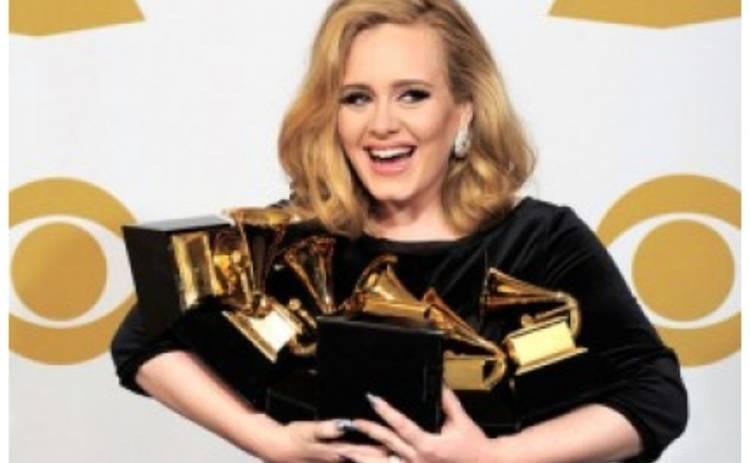 Телерейтинг Grammy вырос благодаря Адель и Уитни Хьюстон