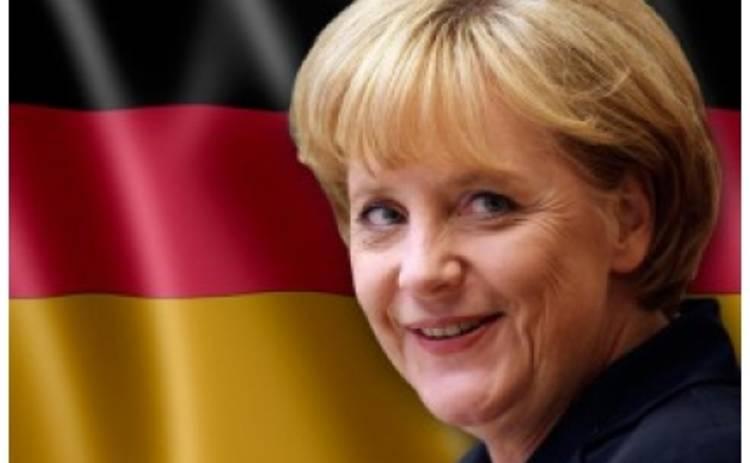На Ангелу Меркель вылили пять бокалов пива
