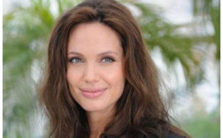 Анжелина Джоли хочет снять фильм о Кейт Миддлтон