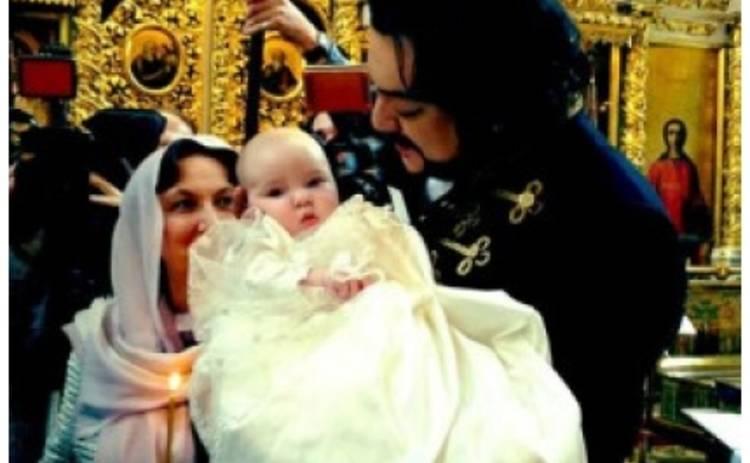Филипп Киркоров крестил свою дочь в Вербное Воскресенье