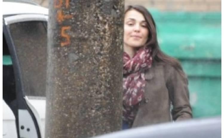 Сати Казанова вышла в свет без макияжа