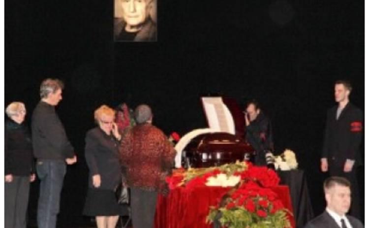 Москвичи простились с Александром Пороховщиковым