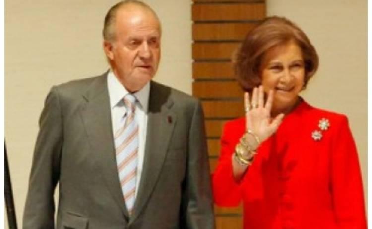 74-летний монарх Хуан Карлос изменяет жене