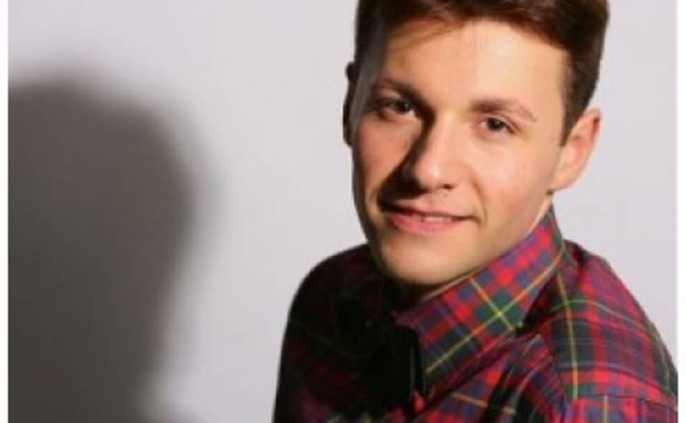 Фанатка назвала актера Вячеслава Манучарова отцом своего ребенка