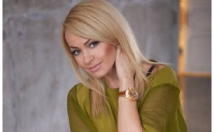 Яна Рудковская попыталась публично унизить экс-татушку