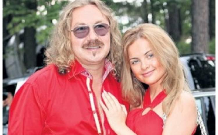 Игорь Николаев обещает звездную карьеру взамен на любовные утехи