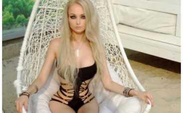 """Одесская Барби призналась, что хочет """"упорхать с этой планеты"""""""