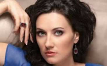 """Соломия Витвицкая готовится к свадьбе: """"Главное, есть торт и жених!"""""""