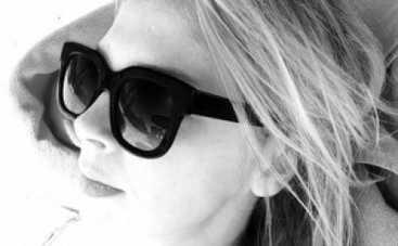 """Дизайнер Ольга Навроцкая и Фагот из """"ТНМК"""" отдыхают в Эмиратах"""