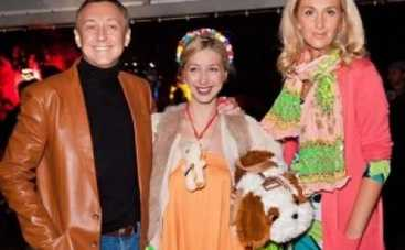 Семен Горов довел дочь Снежаны Егоровой до слез
