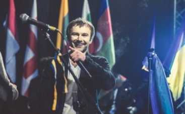 "Вакарчук, Земфира и ""Любэ"" дадут концерт мира в Крыму"