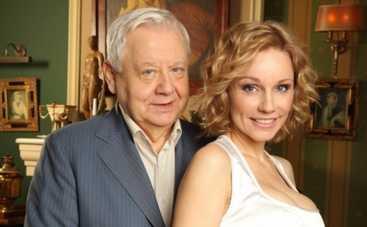 Жена Олега Табакова лезет к Хабенскому в штаны