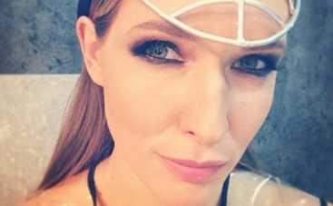 Катя Осадчая: на ведущую напали неизвестные в масках