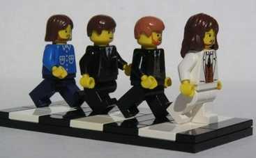 The Beatles разобрали на запчасти (ФОТО)