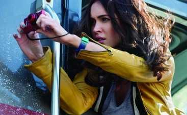 Меган Фокс тусуется с подростками-мутантами (ВИДЕО)