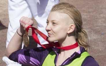 Звезда сериала Игра престолов получила медаль за бегство из Лондона (ФОТО)