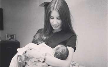 Кети Топурия показала младенца