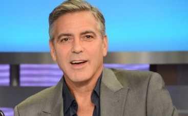 Джордж Клуни лезет в драку за друзей
