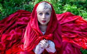 Наталья Гордиенко стала Красной Шапочкой, а Кузьма Гулливером в проекте Сказочный Киев (ФОТО)