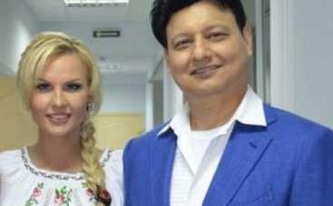 Певица Камалия поздравила Кличко с победой на выборах мэра Киева