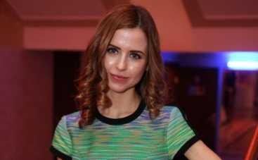 """Папина дочка Мирослава Карпович: """"Вставать надо с обеих ног!"""""""