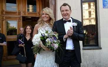 Марат Башаров медовый месяц проводит с женой-папарацци (ФОТО)