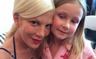 Тори Спеллинг день рождения дочки провела в SPA-салоне