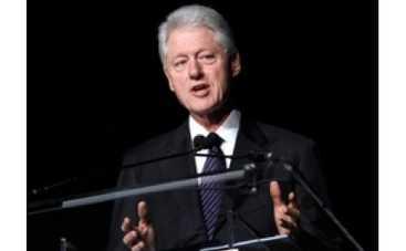 Билл Клинтон не родной отец своей дочери Челси?