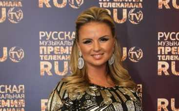 Анну Семенович вновь назначили самой сексуальной