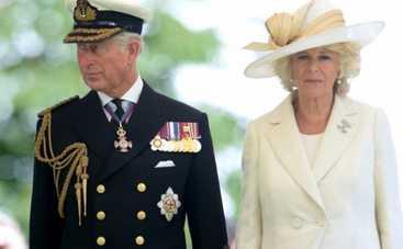 В Букингемском дворце опровергают информацию о разводе Чарльза и Камиллы