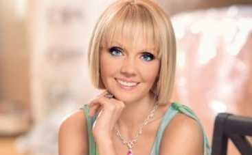 Новая волна 2014: Валерия собралась проникнуть в Латвию под чужим именем