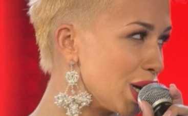 Новая волна 2014: Юлия Плаксина спела с Ириной Дубцовой (ВИДЕО)