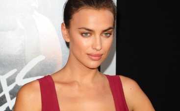 Ирина Шейк засветила трусы в журнале Vogue (ФОТО)