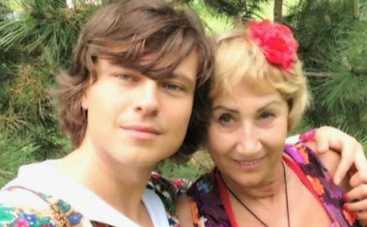 Прохор Шаляпин сватает Баскову дамочек постарше