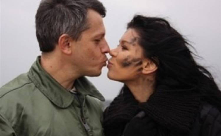 Руслану муж не пускает в зону АТО