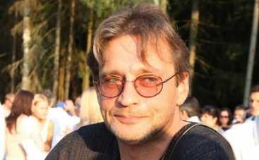 Александр Домогаров объявил кастинг невест в соцсети