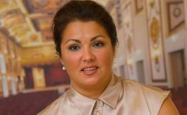 Анна Нетребко решила сменить имидж