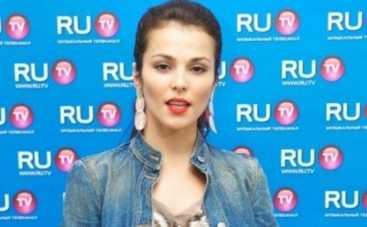 Сати Казанова примерила свадебное платье чеченской невесты (ФОТО)
