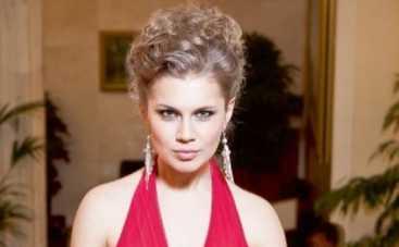 Папиной дочке Дарье Мельниковой не в чем ходить на тусовки