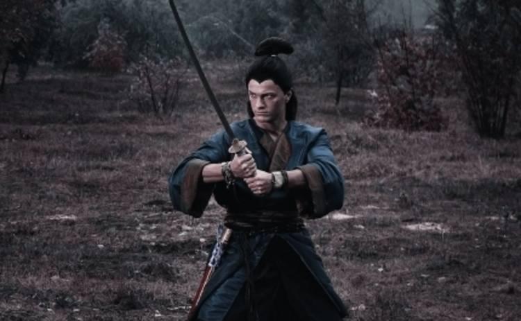 Дождь для самурая: как знаменитости ведут себя на съемках и во время интервью